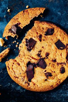 Looking for the best easy cookie recipes? Sometimes simple treats are the tastiest. Check out our roundup of 37 easy cookies to make, including no-bake options. Coconut Chocolate Chip Cookies, Oatmeal Raisin Cookies, Chocolate Chip Recipes, Chip Cookie Recipe, Easy Cookie Recipes, Dessert Recipes, Desserts, Yummy Cookies, Baking