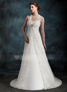 Bröllopsklänningar - $146.99 - A-linjeformat Rund-urringning Domstolen Tåg Tyll Bröllopsklänning med Rufsar (002001296) http://jenjenhouse.com/se/A-Linjeformat-Rund-Urringning-Domstolen-Tag-Tyll-Broellopsklaenning-Med-Rufsar-002001296-g1296