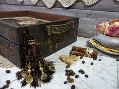 """Купить """"Радость миледи"""" Чайный сервировочный короб поднос - коричневый, поднос, поднос для кухни"""