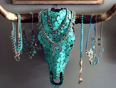 I love this jewelry holder! I love this jewelry holder!