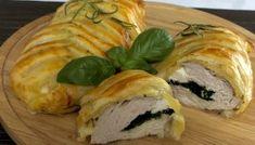 Faszerowany filet z kurczaka zapiekany w cieście francuskim Spanakopita, Camembert Cheese, Feta, Sushi, Food And Drink, Turkey, Bread, Ethnic Recipes, Blog