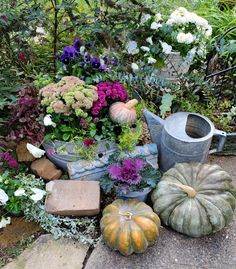 """Follow The Yellow Brick Home - """"A World of Octobers"""" Outdoor Fall Decorating Ideas – Follow The Yellow Brick Home Pumpkin Display, Autumn Display, Window Seat Kitchen, Happy October, Butterfly Bush, Vintage Fall, Autumn Garden, Fall Decorating, Garden Styles"""
