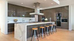 Lovely Contemporary Home on Di Lido Island in Miami