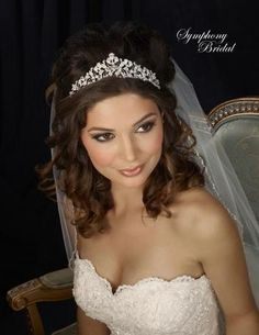 We love how large and ethereal this floral style tiara is! Symphony Bridal - 7307CR