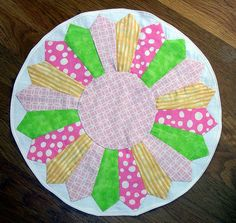 Dresden Tablemat using Elizabeth Hartman's tutorial on Sew Mama Sew!