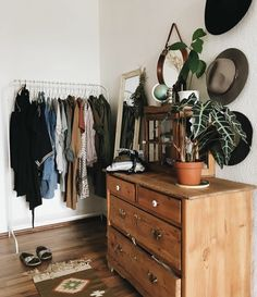 Rustic furniture will give your shared room the right flair! - Rustic furniture will give your shared room the right flair! Bedroom Storage Ideas For Clothes, Bedroom Storage For Small Rooms, Clothing Storage, Closet Ideas, Home Bedroom, Bedroom Decor, Bedroom Ideas, Home And Deco, My New Room
