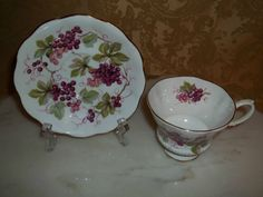 Vintage Royal Albert Grapes & Vine Teacup/Tea Cup & Saucer Excellent Condition