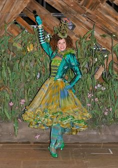 "Today, we have the opportunity to share a wonderful interview with you today from Courtney Iventosch. Iventosch is a swing on the National Tour of ""Wicked"". Broadway Costumes, Wicked Costumes, Mardi Gras Costumes, Theatre Costumes, Cool Costumes, Halloween Costumes, Costume Ideas, Wicked Musical, Wizard Of Oz Musical"
