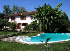 Piscine de la propriété à vendre à Bidache pour création de chambres d'hôtes