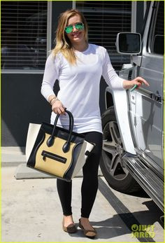Hilary Duff: L.A. Outing with Sleepy Luca! | hilary duff la outing with sleepy luca 15 - Photo Gallery | Just Jared