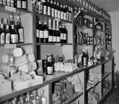 Budapest, Hungary, Wine Rack, Liquor Cabinet, History, Historia, Wine Racks