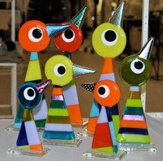 Hjørturbirds. Design by MikkalinaGlas. For more see www.mikkalina.com or search 'Mikkalina-Glas' on facebook.