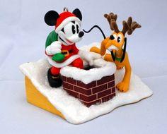 Hallmark 2005 Santa's Helpers Mickey and Pluto