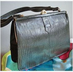 Vintage 60s grey lizard KELLY convertible Top Handle & Shoulder Leather Bag Tote Listing in the Handbags,Bags & Purses,Womens Accessories & Bags,Clothes, Shoes, Accessories Category on eBid Canada