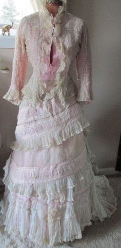 All The Pretty Dresses: Too Stunning Frothy Pink & White Lace Summer Bustle Dress Summer Gowns, Lace Summer Dresses, Old Dresses, Pretty Dresses, Beautiful Dresses, 1800s Clothing, Antique Clothing, Historical Clothing, 1870s Fashion