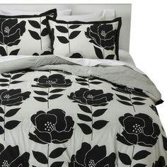 Black/white poppy bed set