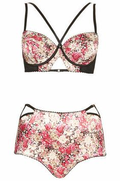 Red Rose Bralet and Highwaisted Knickers - Too cute