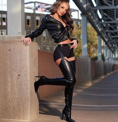 Crotch Boots, Winter Boots Outfits, Bodysuit, Nylons Heels, Sexy Latex, Leather Dresses, Sexy Boots, Thigh High Boots, Belle Photo