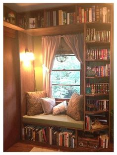 Home Library Design, House Design, Library Ideas, Dream Library, Cozy Home Library, Library Corner, Home Library Rooms, Cozy Reading Rooms, Reading Nooks