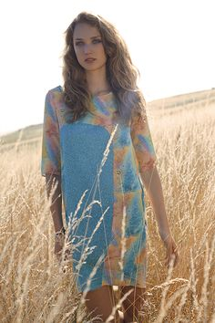 prototype23.com, Martina Todorova Photography, editorial in the fields, multicolour silk dress with pockets