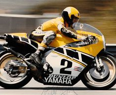 King Kenny Roberts racing his Yamaha TZ 750 motorcycle. He was the 1st American to win the world Grand Prix 500 cc race in the 1970s.