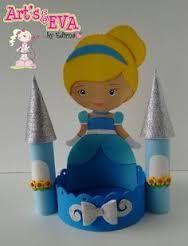 Resultado de imagem para lembrancinha das princesas  da disney em eva
