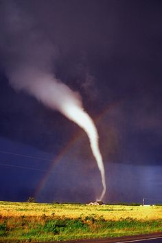 ✮ Tornado with Rainbow in Mulvane Kansas