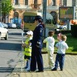 Elevii de la Brâncoveanu au dirijat traficul lângă parcul central