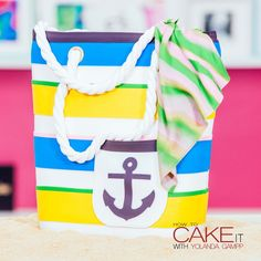 Let's hit the beach - I made a Beach Bag Cake for LaurDIY! Dig into colourful layers of chocolate and vanilla cakes, Italian meringue buttercream AND chocolate buttercream. Now THIS is how you get summer ready. Sun Cake, Guava Cake, Chocolate And Vanilla Cake, Box Cake Recipes, Vanilla Buttercream, Chocolate Buttercream, Summer Cakes, Crazy Cakes, Novelty Cakes