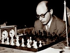 DAVID BRONSTEIN Paul Morphy, Chess Players, Chess Sets, All Games, 1980s, Board Games, Champion, David, History