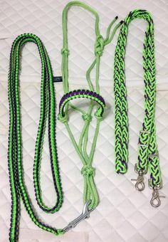 Braided paracord reins transitions from flat braid to for Paracord horse bridle