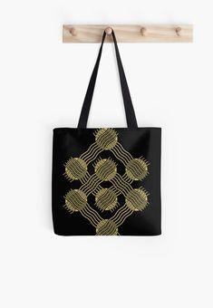 Einfaches Motiv mit Kreise und Wellen in Gold • Entdecke einzigartige Designs und Motive von unabhängigen Künstlern. Designs, Gold, Tote Bag, Bags, Fashion, Circles, Geometry, Waves, Patterns
