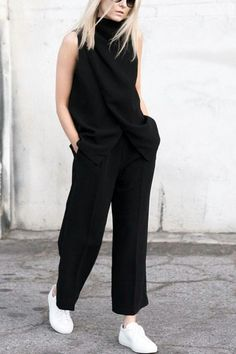 Relaxed Chic - all black outfit & white sneakers, style inspiration