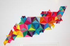 DIY: Geometric Wall Sculpture in paper Art Mural 3d, 3d Art, Geometric Sculpture, Geometric Wall Art, Geometric Designs, Paper Wall Art, 3d Wall Art, Diy Projects Handmade, Origami Modular