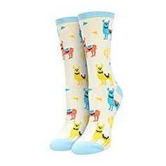 Keep your toes cozy and your feet stylish with llama socks. Boasting adorable designs of lovely and colorful llamas, these colorful socks have a soft knit construction. They are sure to put a smile on your face with every step. Llama Socks, Food Socks, Llama Gifts, Cute Llama, Sock Animals, Colorful Socks, Crew Socks, Gifts For Women, Fashion Brands