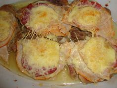 Recept: Krkovička a' la Grand (pro 6 osob) Czech Recipes, Russian Recipes, Ethnic Recipes, Polish Recipes, French Toast, Pork, Food And Drink, Cheese, Meat