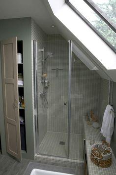Small bathroom renovations 130534089187889154 - Admirable Attic Bathroom Makeover Design Ideas Source by McommeMarin Sloped Ceiling Bathroom, Small Attic Bathroom, Loft Bathroom, Upstairs Bathrooms, Bathroom Layout, Bathroom Interior, Bathroom Ideas, Bathroom Storage, Bathroom Inspiration