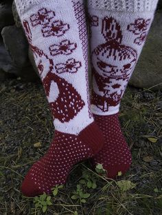 Tanssivat Puikot: Pikku Myy Fair Isle Knitting, Knitting Socks, Family Christmas Presents, Woolen Socks, Moomin, Christmas Knitting, Neck Scarves, Diy Crochet, Handicraft