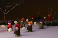 we bloom here: For the autumn nature table. Lantern walk (image from the book: Making Peg Dolls by Margaret Bloom)