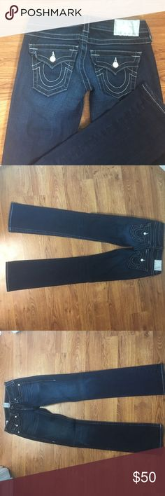 True religion dark jeans Beautiful brand-new condition true religion dark jeans with white stitching and crystallized accessories, size 26. True Religion Jeans Straight Leg