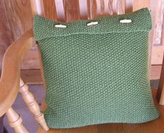 Knit pillow cover    knit cushion cover    knit by WoolieBits