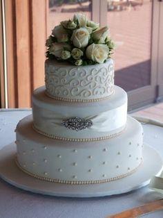 pastel de boda elegante con fuente - Buscar con Google