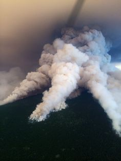 #wildfire #helicopter #waterbombing