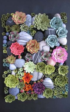 Vertical Succulent Gardens That Will Catch Your Attention