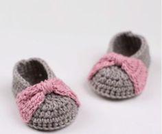 How to Crochet Baby Booties