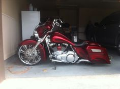 Custom Bagger Motorcycles | Here's a pic before it got the 23 and other changes....
