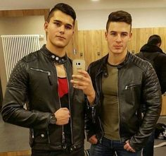 Men's Leather Jackets: How To Choose The One For You. A leather coat is a must for each guy's closet and is likewise an excellent method to express his individual design. Leather jackets never head out of styl Leather Jacket Outfits, Men's Leather Jacket, Biker Leather, Leather Men, Black Leather, Leather Jackets, Jacket Men, Jacket Style, Young Fashion