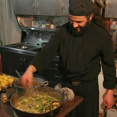 Monastic recipes from the Holy Mount Athos to eat . Fresh, healthy diet, with fasting and non-fatty recipes Christian Food, Yams, Mediterranean Recipes, Greek Recipes, Going Vegan, Healthy Eating, Healthy Recipes, Diet, Cooking