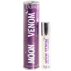 Moon Venom. Moon Venom reflects the light, giving lips extra sheen for the fullest, flashiest pout.     The secret behind Moon Venom is a blend of essential oils, which include cinnamon, wintergreen, and ginger, that cause the blood to rush to the surface of the lips, flushing and swelling them slightly.