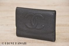 CHANEL Black Caviar Skin CC Logo Trifold Purse